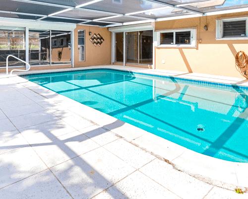 Pool Cleaning in Deerfield Beach