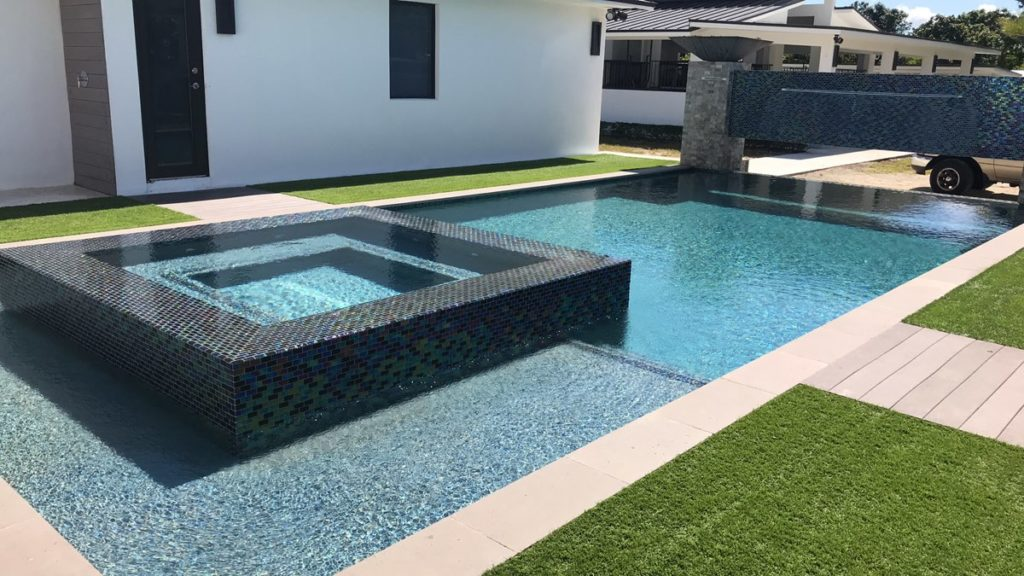 maintenance of swimming pools in miami by Urban Pool Services